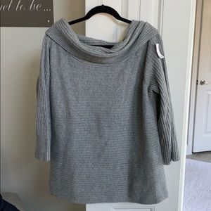 {Lou & Grey}. Gray convertible sweater, size L NWT